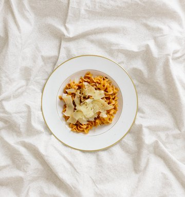 This Is Why You're Addicted To Carbs