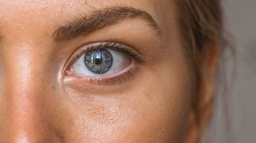How Should You Treat Your Skin During Your 28-Day Cycle?
