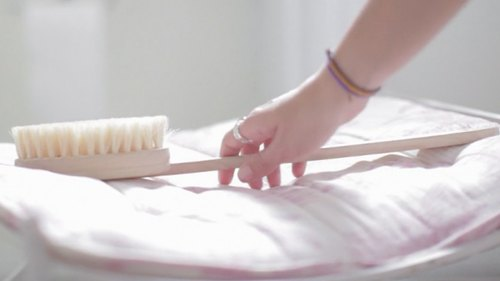 The Benefits of Dry Skin Brushing