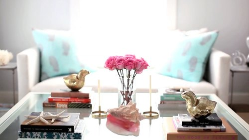 5 Steps To A Girly & Glam Coffee Table