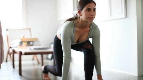 The Best Full Body Workout To Do On The Road