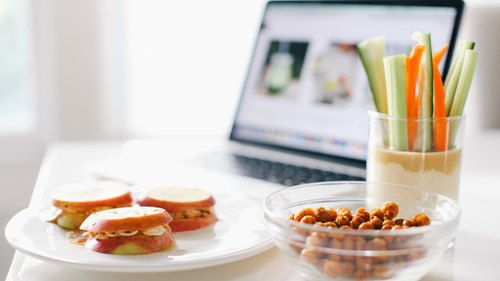 The Lazy-Girls-Guide To Vegan Desk Snacks