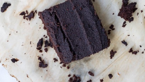 How To Make Brownies That Are Actually Good For You (It's Possible!)