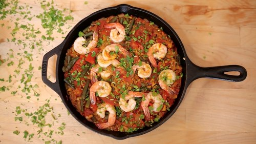 One Pan Dinner Inspired by Paella