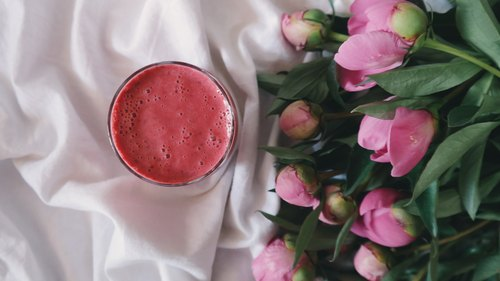 5 Energizing Smoothie Recipes to Get You Through the Work Week