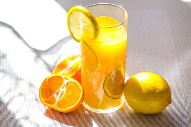 the pros and cons of starting the day with a juice