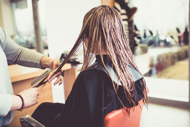 Woman at hairsalon