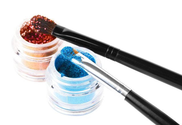 Makeup brushes powder glitter