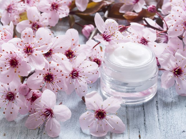 natural facial cream