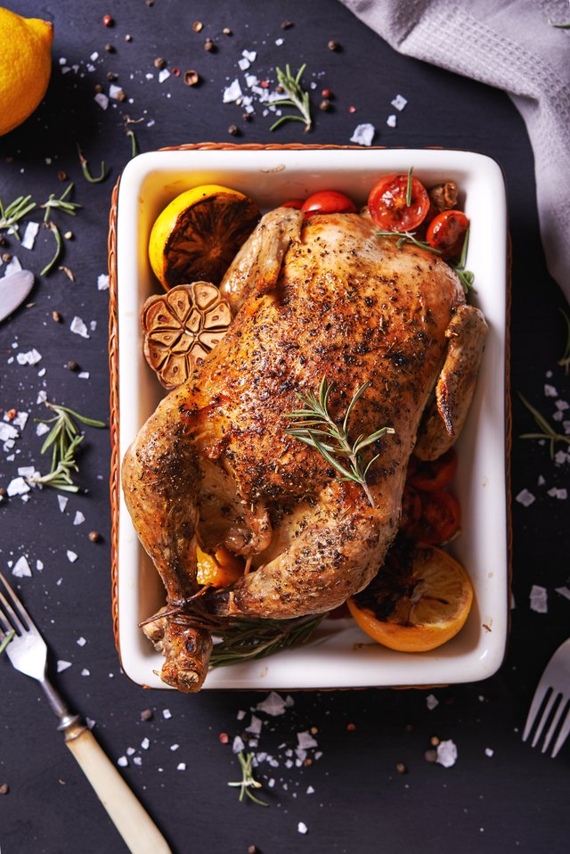 How To Cook A Roasting Chicken In A Reynolds Oven Bag Leaftv