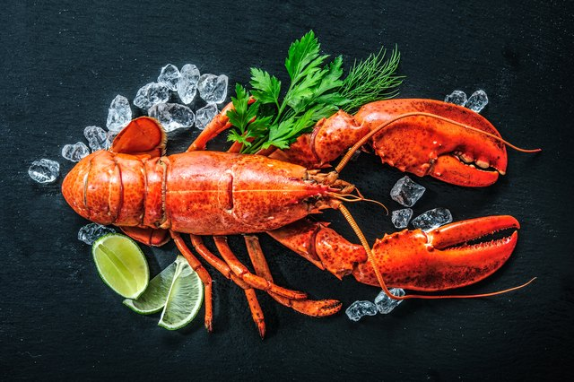 How Long Can Lobster Stay in the Fridge Before Cooking?
