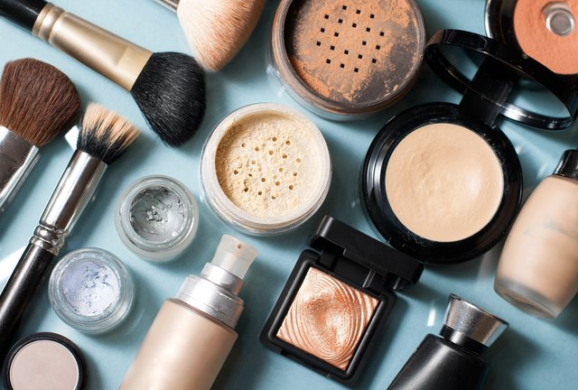what brands does estee lauder own