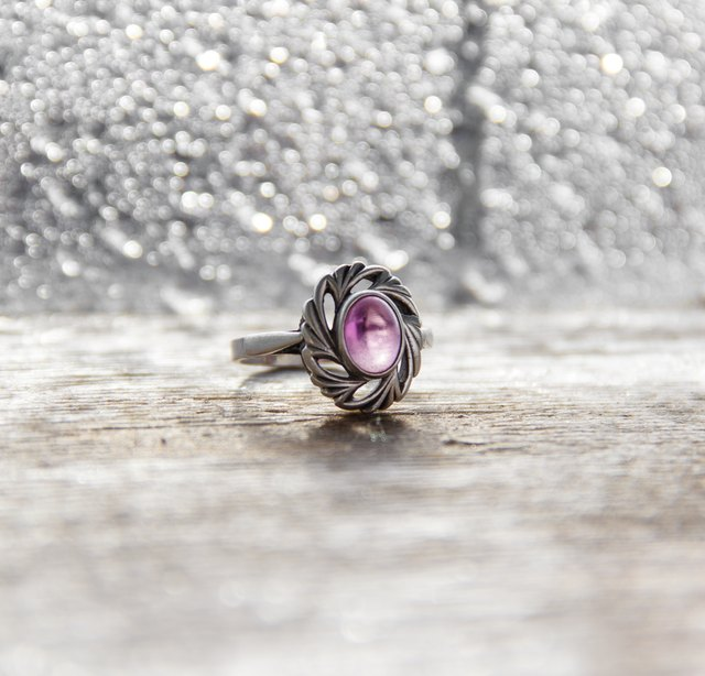 silver ring with a lilac stone