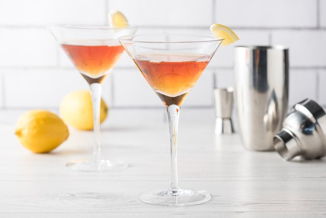The popular mixed drinks of the 50s 60s leaftv for The best mix drinks