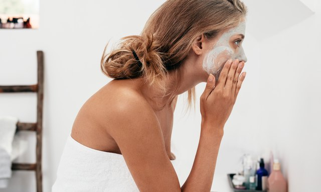 what are the differences between clay and mud masks
