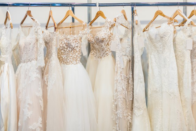 Many beautiful wedding dresses