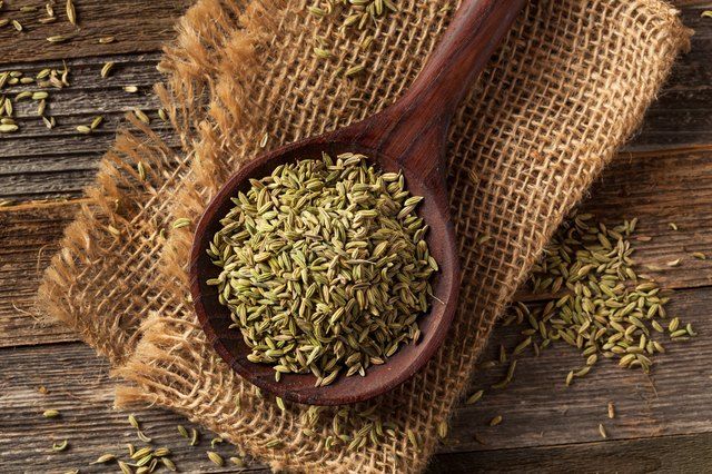 raw organic fennel Seed