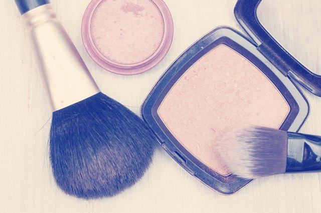 makeup brush and face powder, image in instagram effect