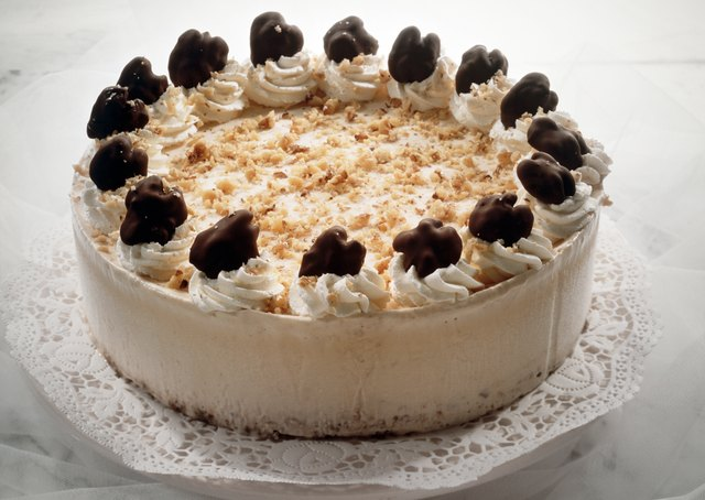 Honey ice cream cake with walnuts
