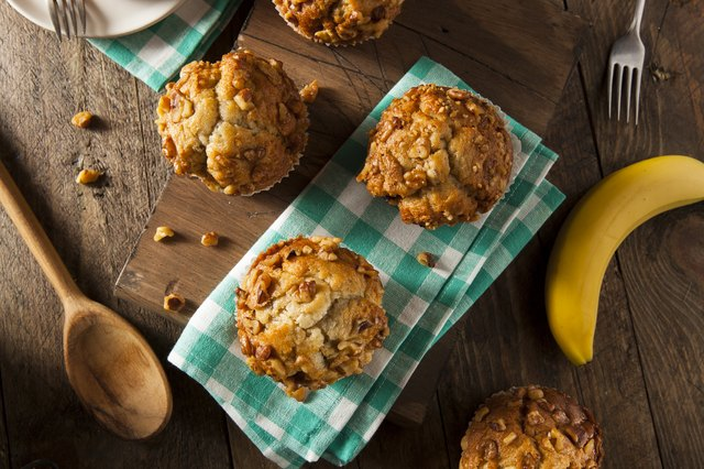 Homemade Banana Nut Muffins