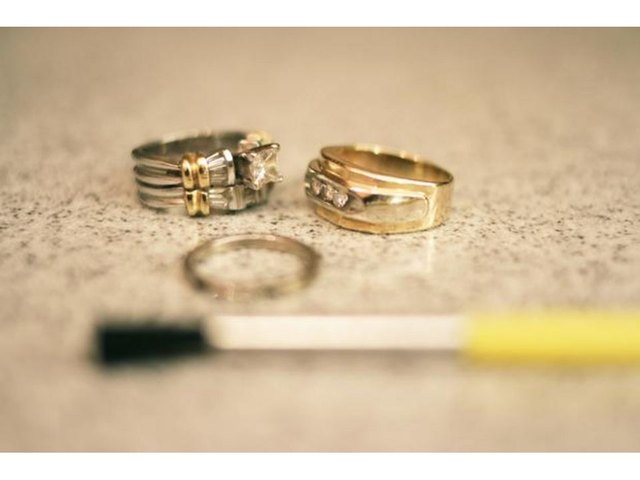 How to Clean White Gold Diamond Rings