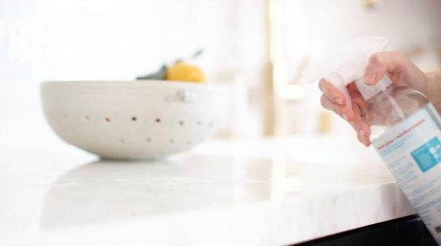 5 natural ways to make your home smell good leaftv. Black Bedroom Furniture Sets. Home Design Ideas