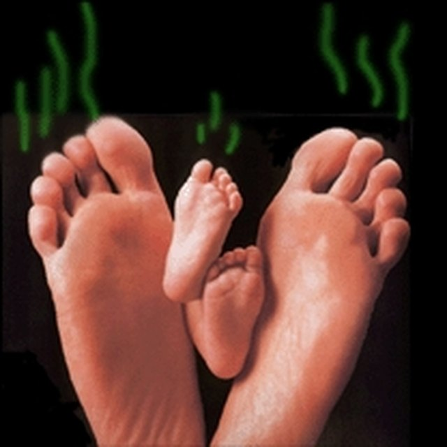 Five easy and natural ways to get rid of stinky feet forever