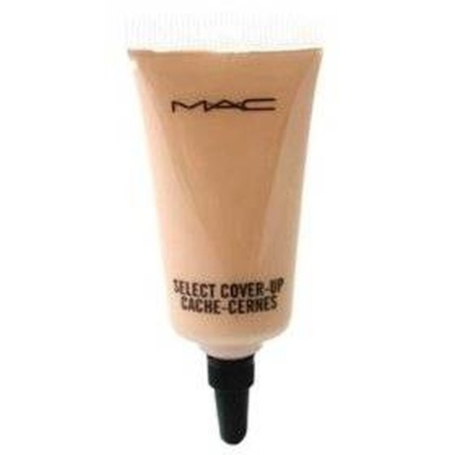 How to use mac tattoo cover makeup leaftv for Makeup to hide tattoos