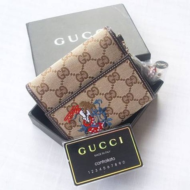 gucci wallet. video of the day gucci wallet