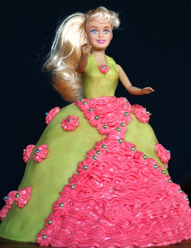 How to Make a DomeShaped Cake LEAFtv