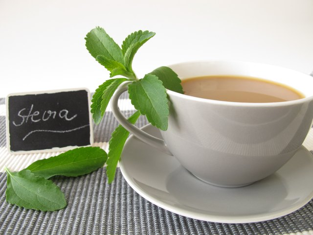 CafA au lait with stevia and nameplate
