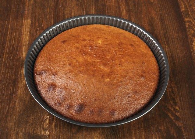 Making Sour Cream Lemon Cake
