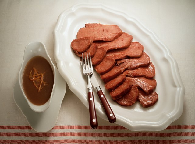 Smoked Tongue with spicy Sauce