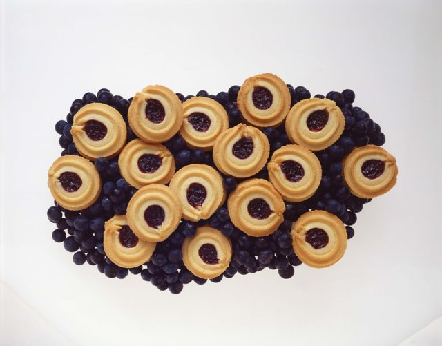 Blueberry shortbread cookies
