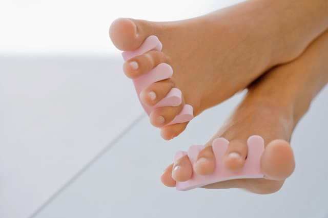 Feet with toe spreaders
