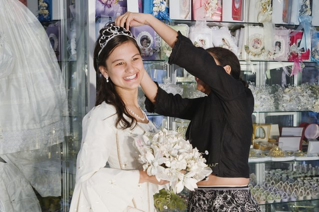 Hispanic girl in Quinceanera outfit