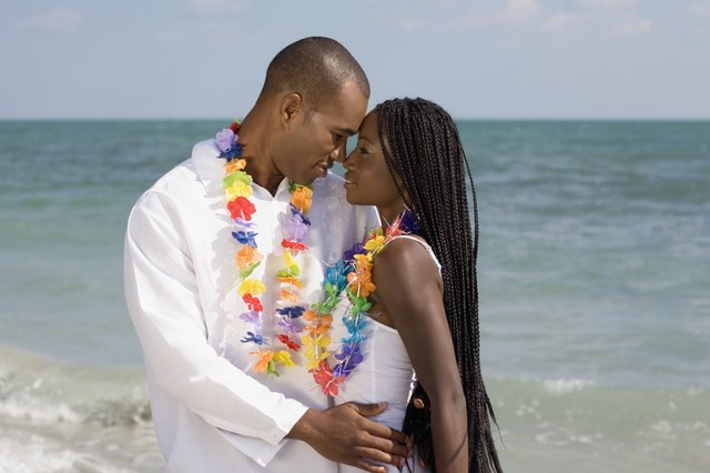 Beach Vow Renewal Ceremony: How To Dress For A Vow Renewal Ceremony