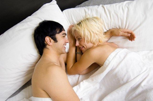 фото в постели вдвоем
