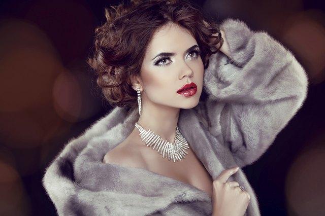 Beauty Fashion Model Woman in Mink Fur Coat. Winter Girl