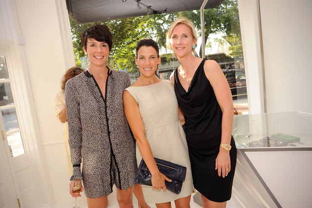 Jessica Seinfeld & Gwyneth Paltrow Host A Shopping Evening For Baby Buggy