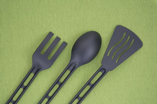 black kitchenware