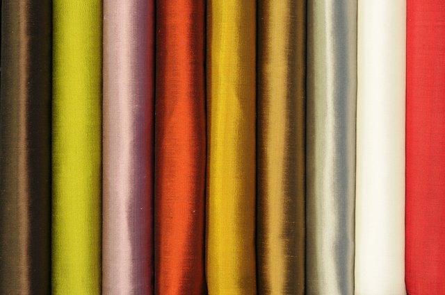 Silk roll