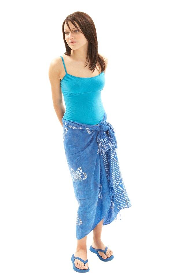 How To Tie Hawaiian Skirt Wraps Leaftv