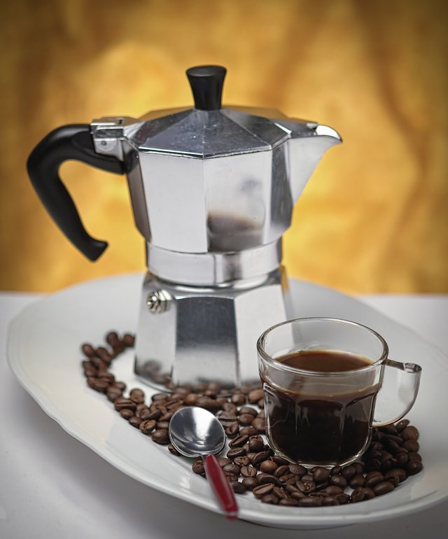 How to Use a Bialetti Moka Express LEAFtv