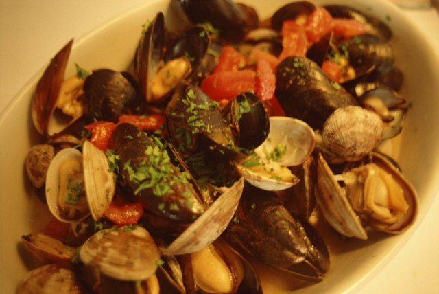 Clams and mussels entree