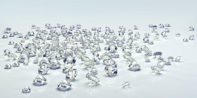Diamond jewel isolated