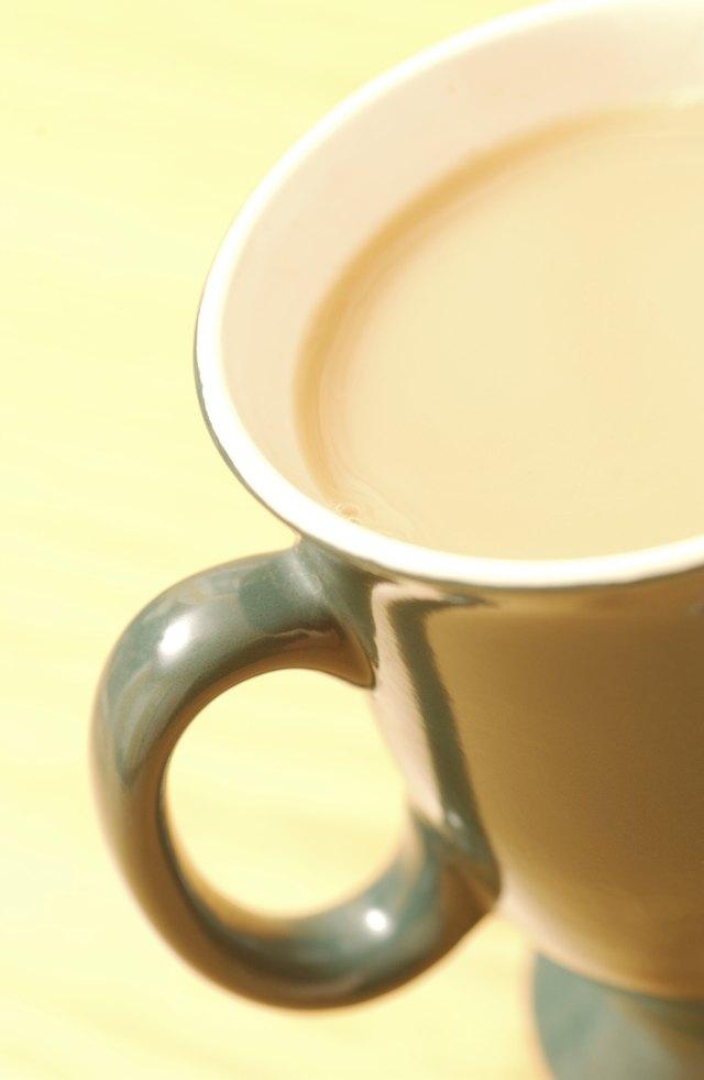 how to steam milk on the stovetop leaftv. Black Bedroom Furniture Sets. Home Design Ideas
