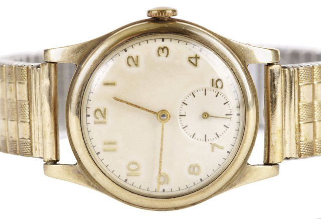 Vintage Gold Mechanical Wristwatch