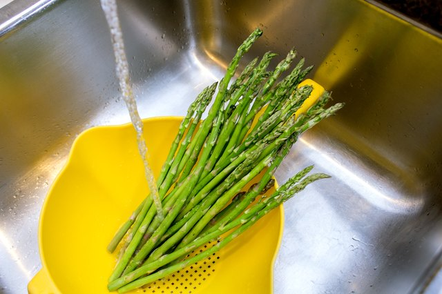 how to cook asparagus spears