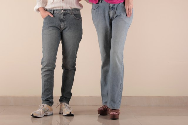Difference between mens bootcut and straight leg